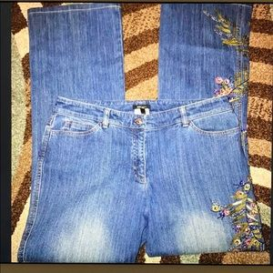 Escada Gorgeous Embellished Embroidered Jeans
